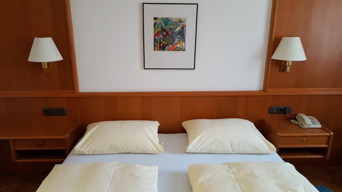 Zum Weißen Rössl (Hotel-Info)